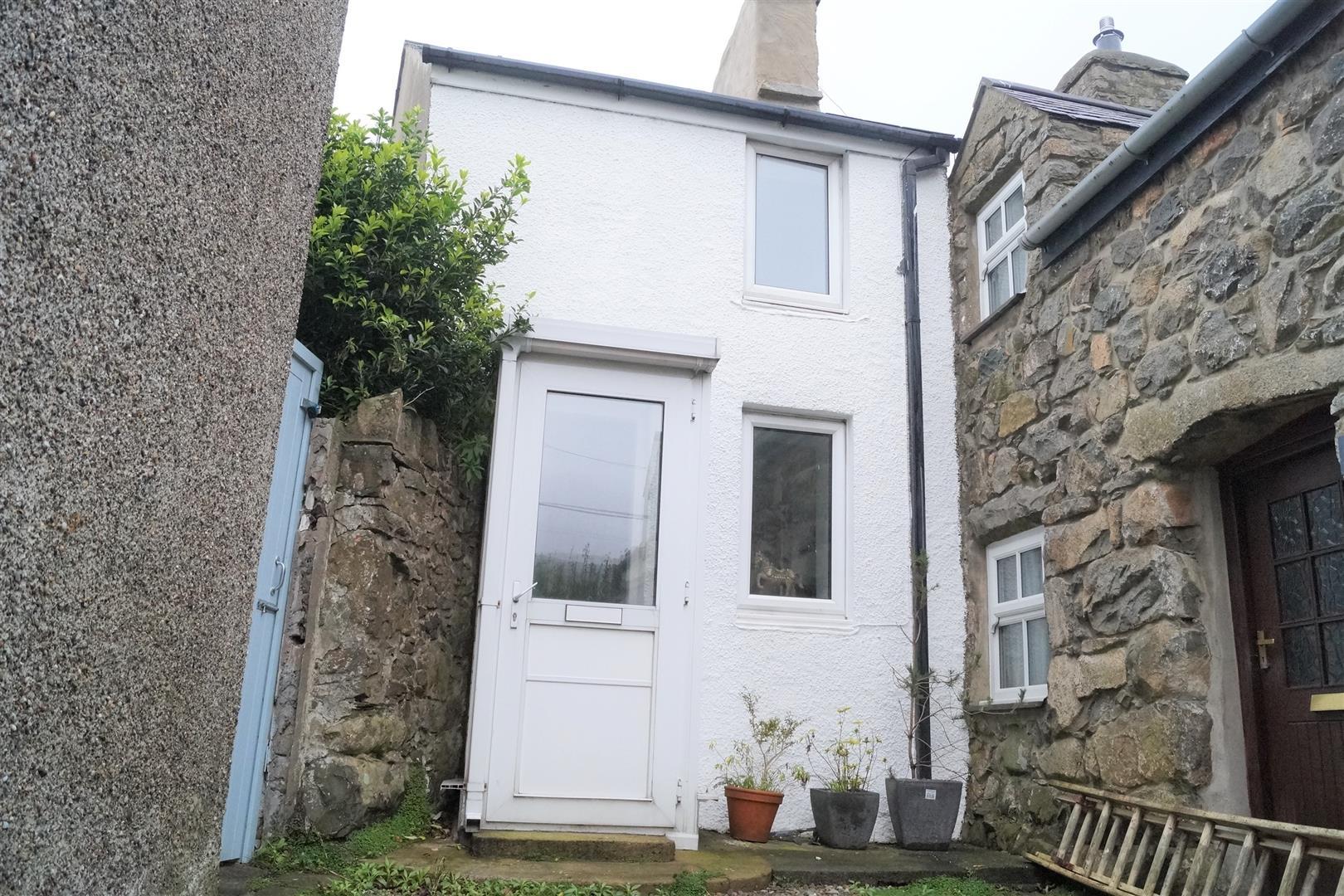 Stryd Y Ffynnon, Nefyn - £81,500